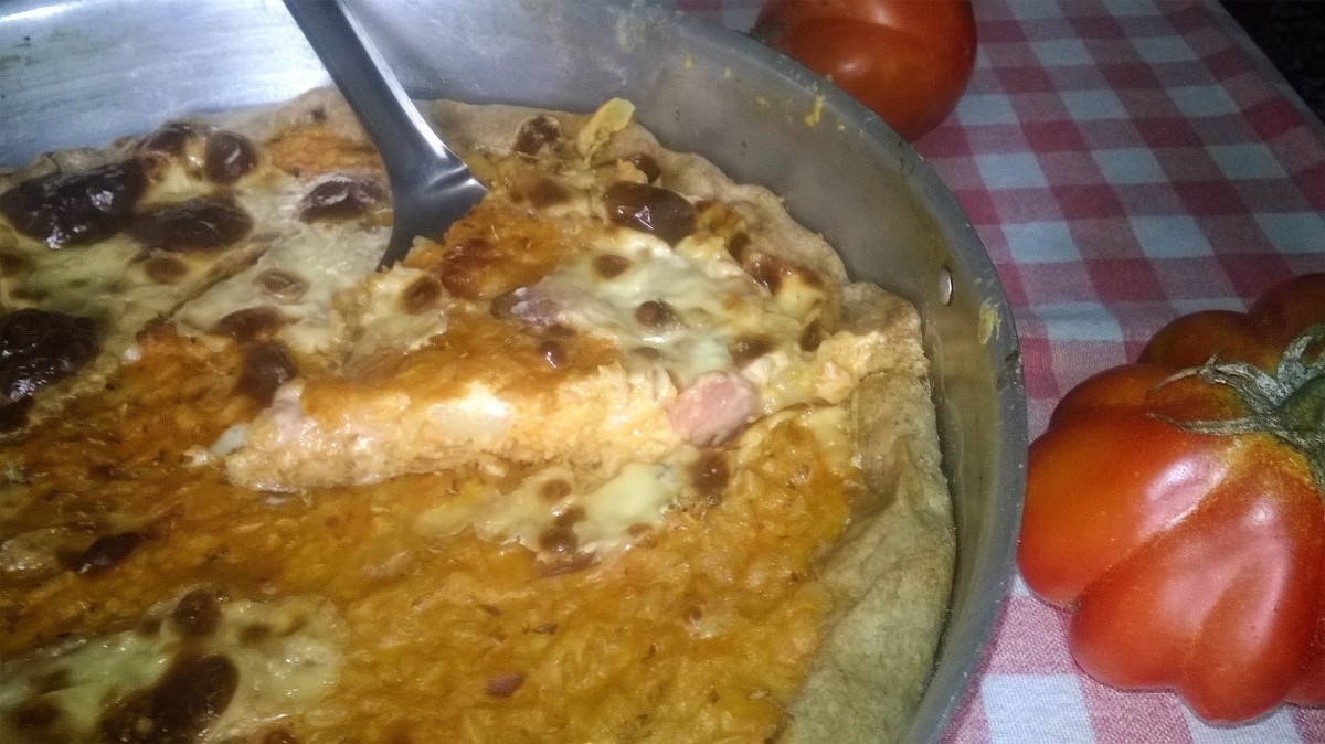 Torta di riso cremosa con wurstel