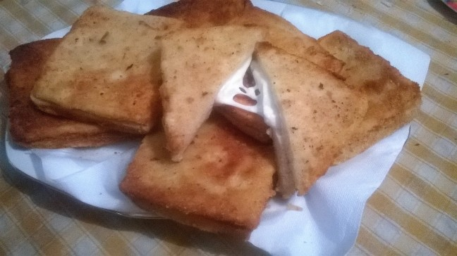 mozzarelle in carrozza (10)