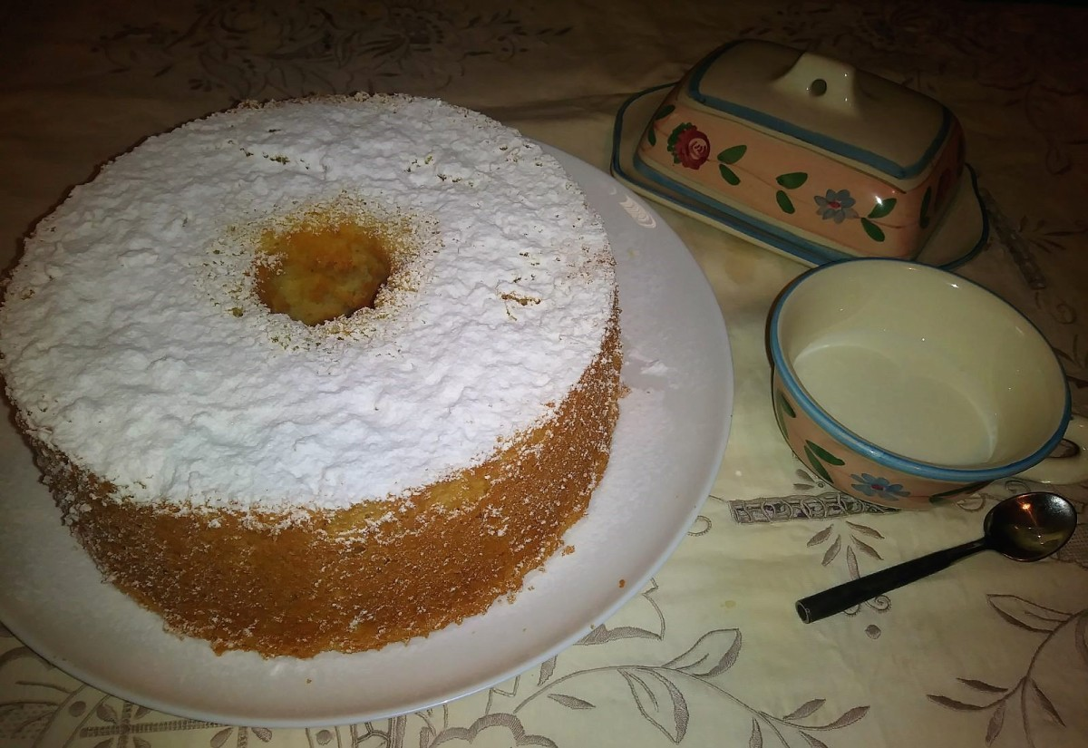 CHIFFON CAKE (ciambellone all'acqua)