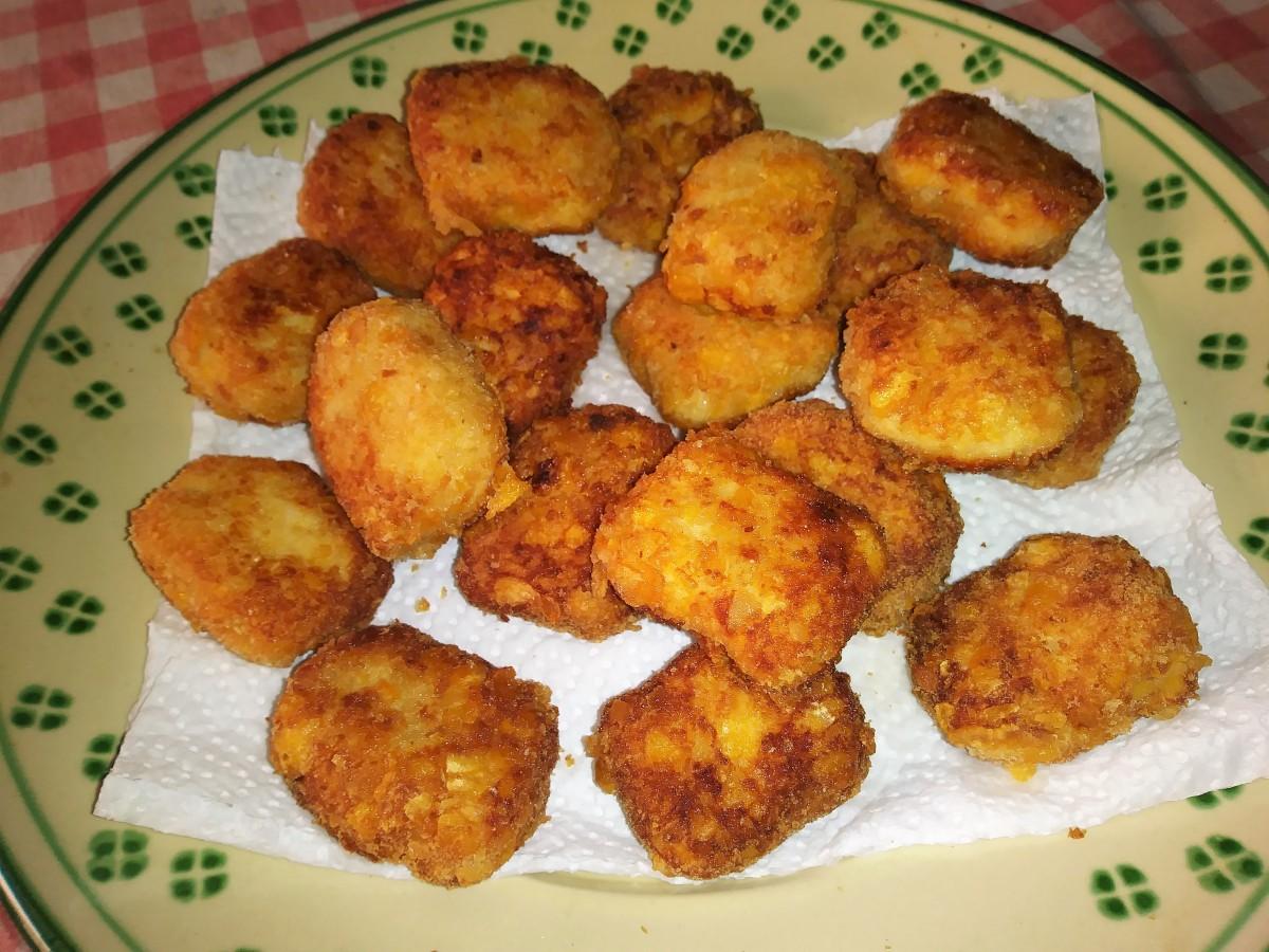 Nuggets di pollo fatti in casa.
